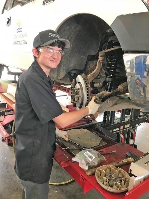 Mechanic Apprentice